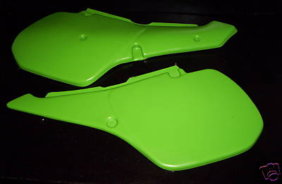 1986 Kawasaki KX 250 500; 86-88 KDX 200 Side Panels Green
